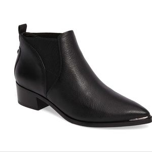 Marc Fisher Chelsea Yellin ankle booties